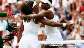 Serena Williams defeats Venus Williams in Wimbledon