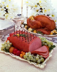 Ham and turkey on serving trays
