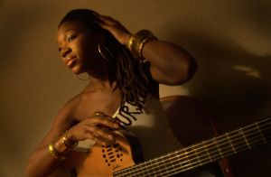 India Arie, a new R&B/soul singer and songwriter whose debut album, Acoustic Soul is doing very well
