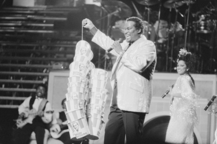 Luther Vandross Performing on Stage