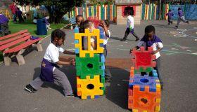 UK - The Olympic Mile - Playground fun