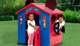 Mickey Mouse Playhouse by Delta Children