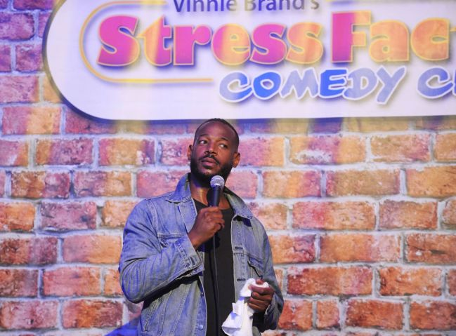 Marlon Wayans Performs At The Stress Factory Comedy Club